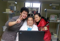 覃俊家庭:患难之中见真情