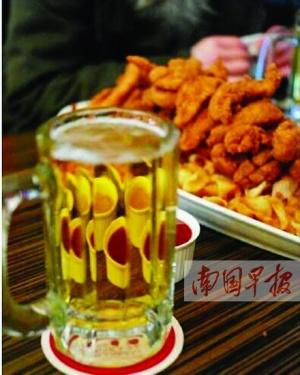 """炸鸡和啤酒""""红""""了 盘点那些""""因剧成名""""的美食"""