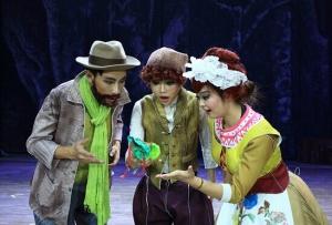 大型3D奇幻童话音乐剧《魔豆》