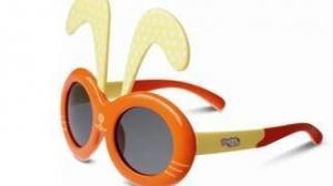 儿童太阳镜 佩戴不当反伤眼