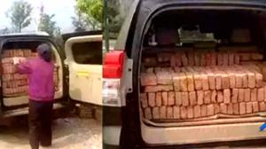 SUV新用途――搬砖