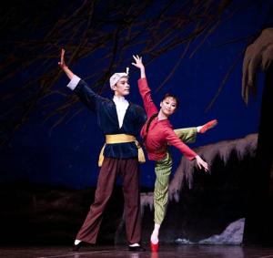 经典芭蕾舞剧《白毛女》