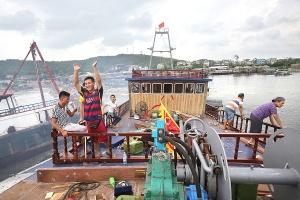 高清:阿良家的新木船 北海新渔民造船半年记录