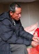 蒋祖坤、蒋祖云兄弟 :兄弟俩23年不离不弃照顾瘫痪姐(妹)