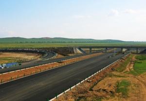 内蒙古国道207线宝昌至三号地高速公路路面LM03标