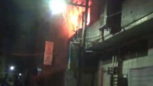 合浦:一网吧深夜突发火灾