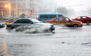 雨天安全行车安全小贴士