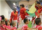 奥运英雄也温情——精英运动员走访澳门社区