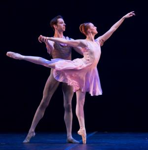 美国奥斯汀芭蕾舞团首次中国巡演