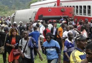 喀麦隆火车脱轨致53人死亡