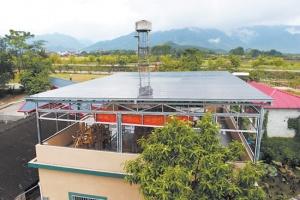 上林:农家屋顶能赚钱