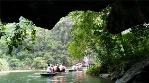 """越南首个文化与自然遗产 长安名胜群醉倒""""拉友"""""""