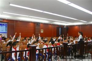 """柳江法院构建""""法律魔方"""" 开启青少年多维度法律生活"""