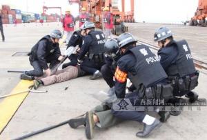 防城港多部门联合进行安保演习