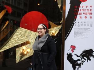 芝加哥梅西百货展出中国春节主题橱窗