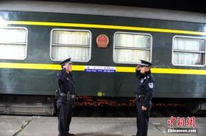 中越国际铁路线上 壮族民警29年的春运守护