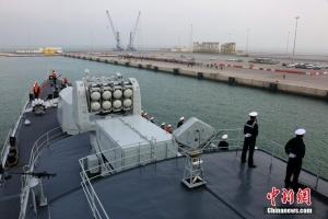 海军第二十四批护航编队访问卡塔尔