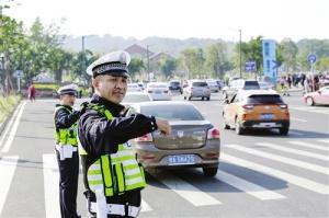 春节假期全市道路交通平稳有序