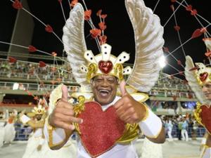 巴西里约狂欢节拉开帷幕