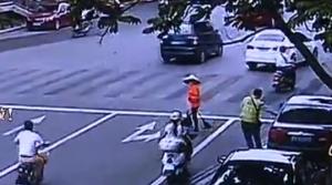南宁:拒交两元停车费 车主付出刑拘代价