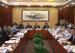 广西代表团分组审议政府工作报告