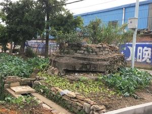 """历史构筑物遭遗弃沦为""""鸡肋""""?未列入保护范围"""