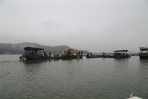 防城港市开展西湾海域清理整治行动