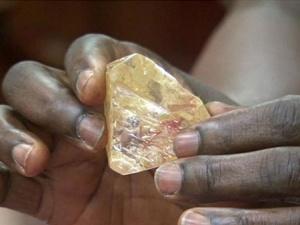 塞拉利昂发现一颗700多克拉超大钻石