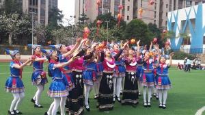 """""""三月三""""民俗活动缤纷多彩 学生体验壮族文化魅力"""