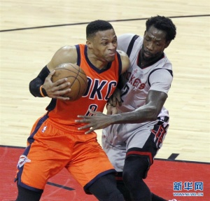 NBA常规赛:火箭胜雷霆