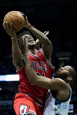 NBA常规赛:公牛胜雄鹿