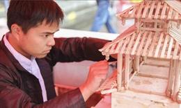 柳州非物质文化遗产展 展品琳琅满目美不胜收