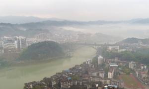 航拍:水墨侗城美如画 三江现平流雾景观
