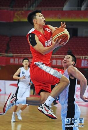 全运会男篮成年组预赛:解放军胜河南