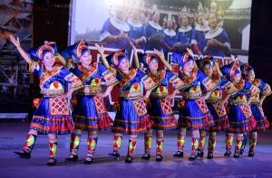 三江:多彩文艺展演为群众呈现精彩视觉盛宴