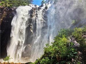 285米巨型白练!浙江天台重现大瀑布自然景观