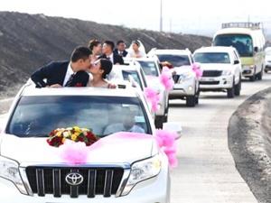 肯尼亚蒙内铁路中国建设者的集体婚礼