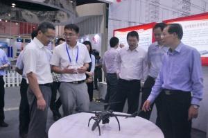 广西科学技术厅领导参观广西创新驱动发展成就展