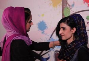 阿富汗首家女子电视台开播