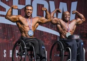 多伦多:两个人的轮椅健美赛