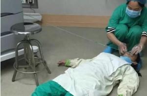 有一种残忍叫怀孕医生累晕在手术室