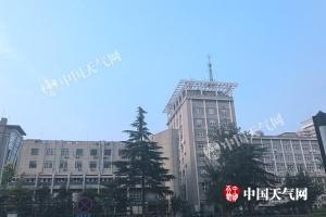 北京28日闷热持续最高35℃ 近期多雷阵雨