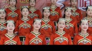 《让我们荡起双桨》(桂林)