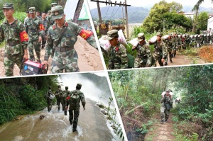 广西贺州一村庄受灾 武警徒步进入深山救援(图)