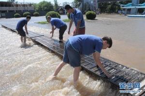 黑龙江牡丹江镜泊湖景区逐步恢复对游客开放