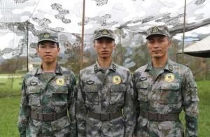 """铁血哥带你近距离看中国军队的""""排爆专家"""""""