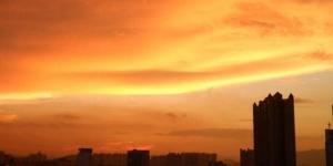 高清:玉林晚霞红满天