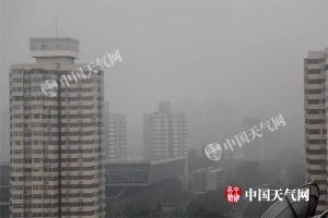 北京发雷电预警 城区傍晚将有密集降雨影响晚高峰
