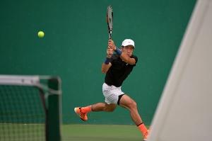 全运会网球单项第四比赛日 张择出局张帅进四强