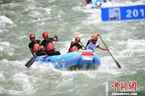 漂流世界杯大赛在广西资源闭幕 捷克队夺男、女组桂冠